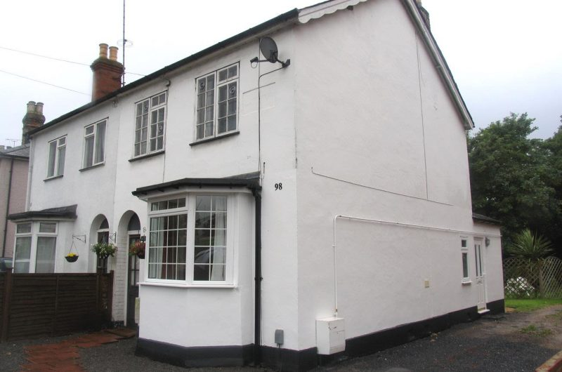98 Frimley Road, Camberley